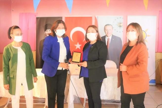 AK Parti Kadın Kolları'nda Görev Değişimi