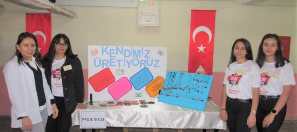 Naci Demirağ Anadolu Lisesi'nde Bilim Fuarı