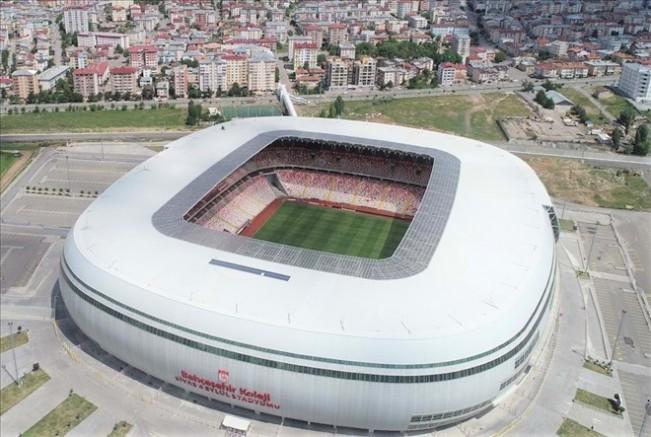 UEFA Yetkilileri Stadyumu Denetledi