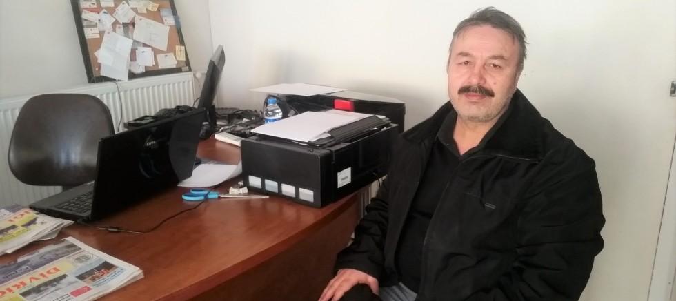 Yüksekokul sekreteri İrfan Özen emekli oldu